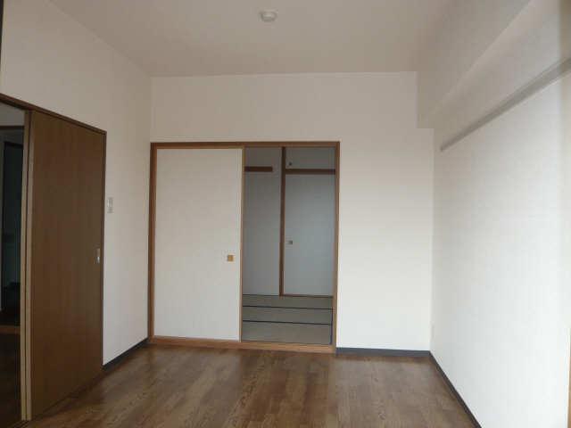 ル・クオーレ 4階 室内
