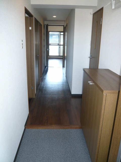ル・クオーレ 4階 玄関