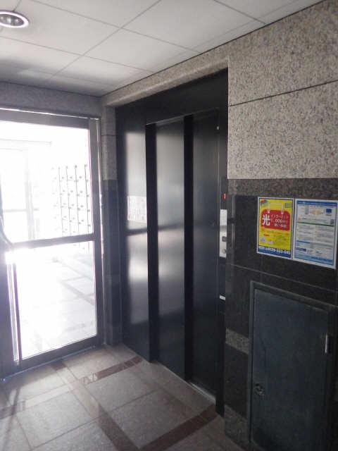 マ・メゾン・プルミエ 6階 共有部分