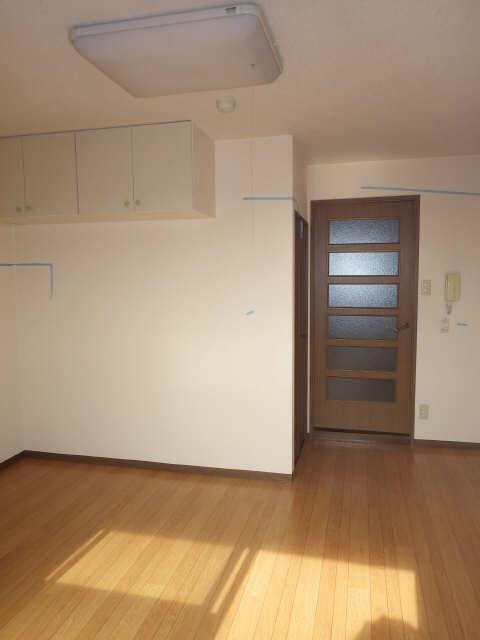 マ・メゾン・プルミエ 6階 室内
