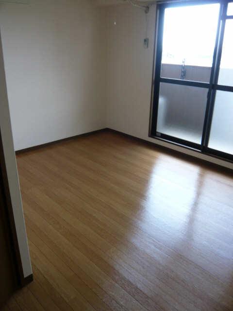 マ・メゾン・プルミエ 5階 室内
