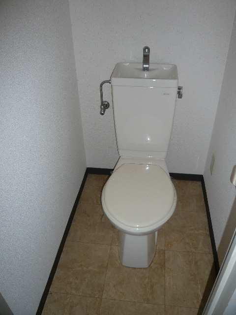 ウィズネス 2階 WC