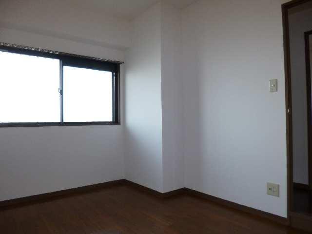 ウィズネス 4階 室内
