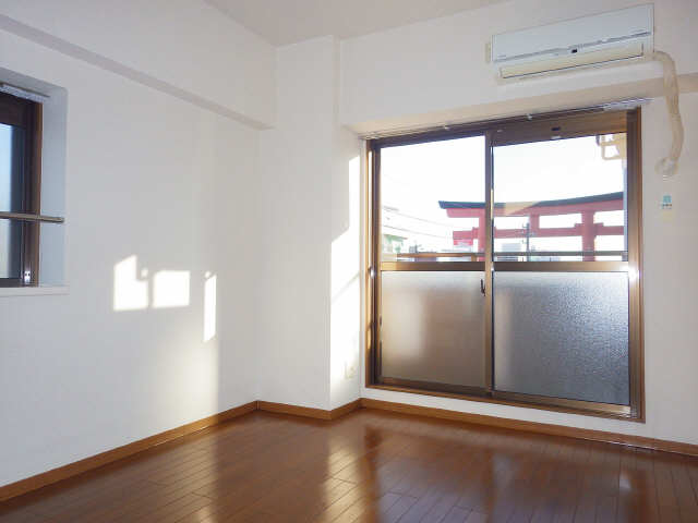 CASTLEワタナベ 4階 室内