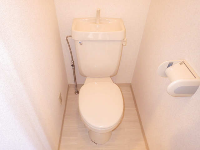 CASTLEワタナベ 4階 WC