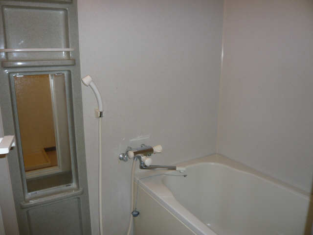 サンクレスト 1階 浴室
