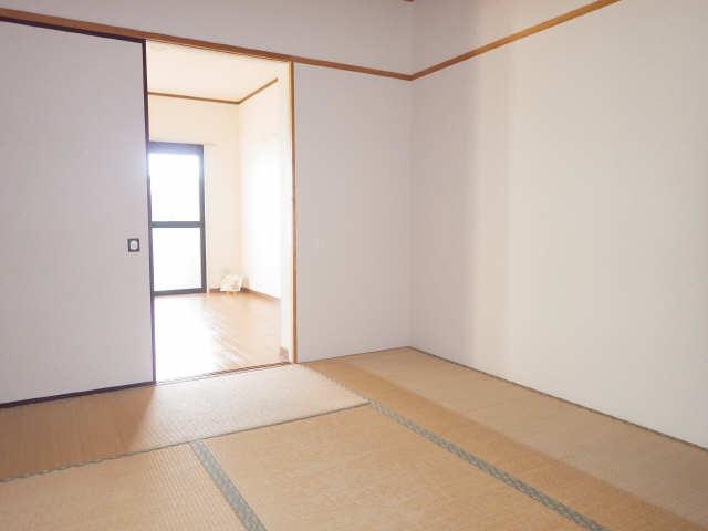 ラフィネ I 3階 和室