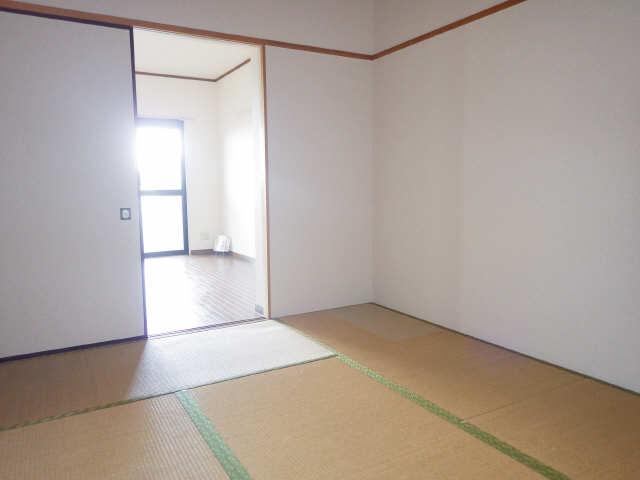 ラフィネ I 4階 和室