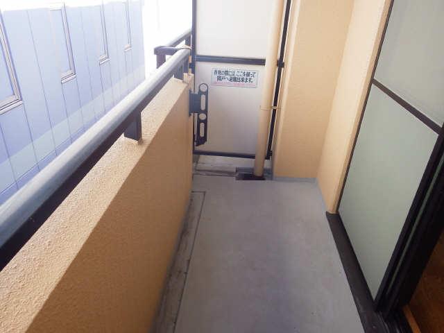 SKHouse 4階 バルコニー