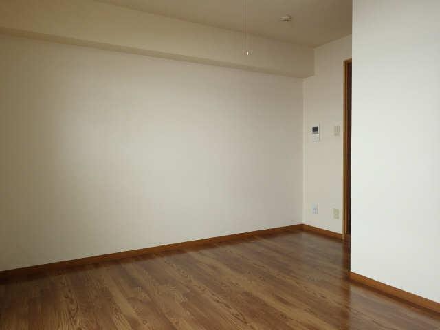 SKHouse 4階 室内