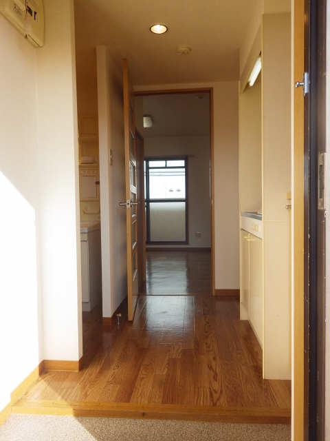 SKHouse 4階 玄関