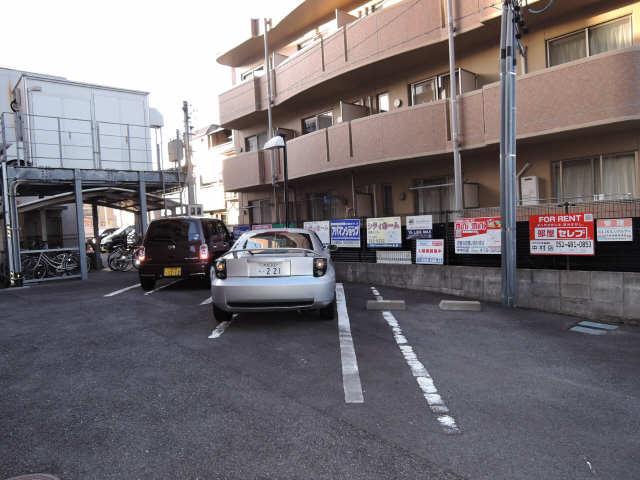 ヒサゴハイツⅡ 駐車場