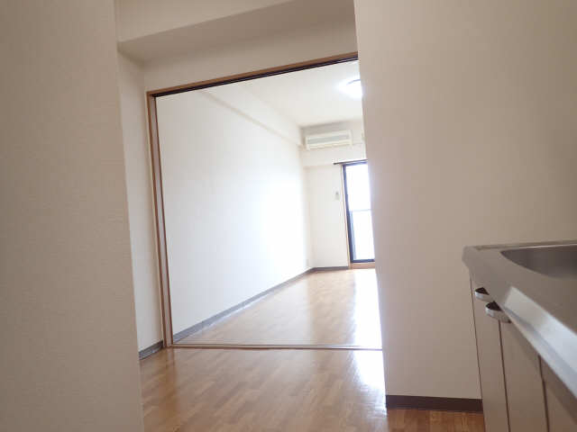 ポラール シュテルン 2階 室内
