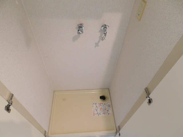朝日プラザ名古屋ターミナルスクエア 7階 洗濯機置場