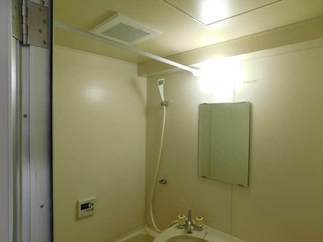 朝日プラザ名古屋ターミナルスクエア 7階 浴室換気扇