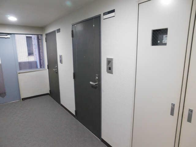 朝日プラザ名古屋ターミナルスクエア 6階 玄関ドア