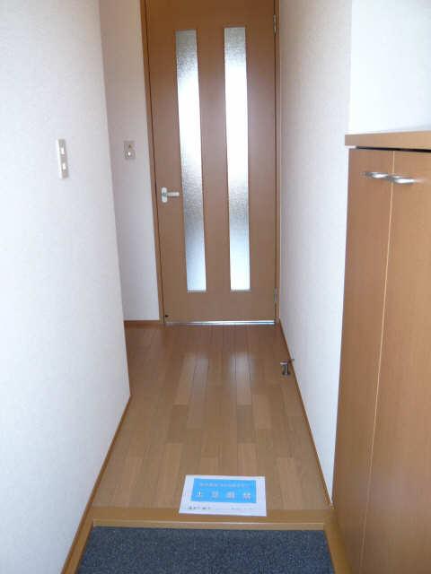 パルティータ 1階 玄関
