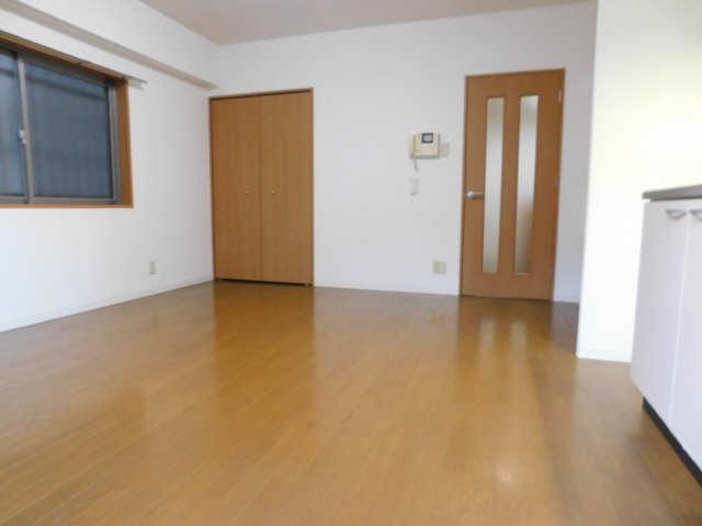 シビック中村 1階 洋室