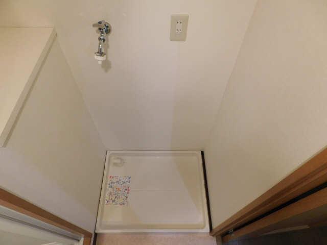 シビック中村 1階 洗濯機置場