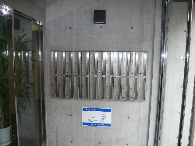 B's 117 3階 メールボックス