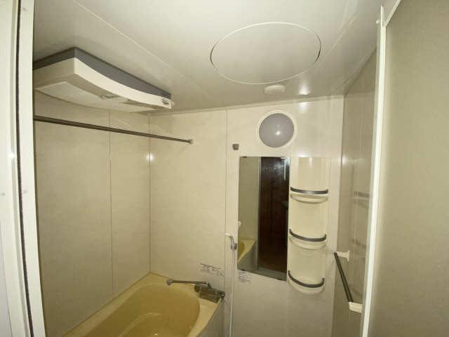 B's 117 3階 浴室換気扇