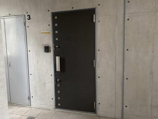 B's 117 3階 玄関ドア