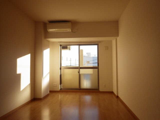 パルティール豊国通 3階 室内