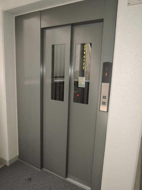 グランシャリオ 8階 共有部分