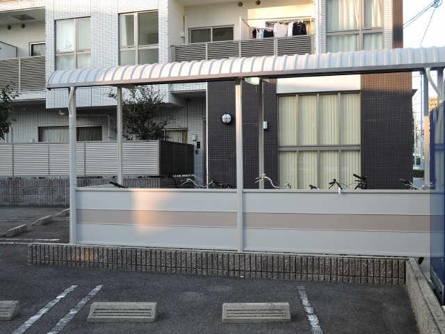 グランシャリオ 8階 駐輪場
