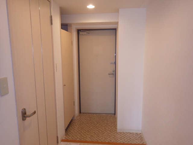 グランシャリオ 8階 玄関