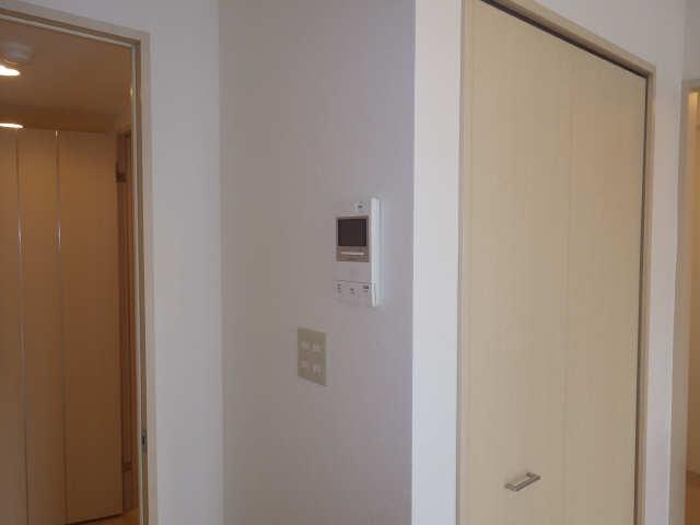 グランシャリオ 7階 モニター付きインターホン