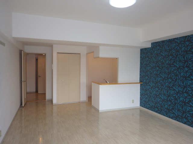 グランシャリオ 7階 室内