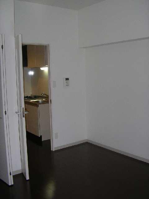 プリムヴェール 1階 室内