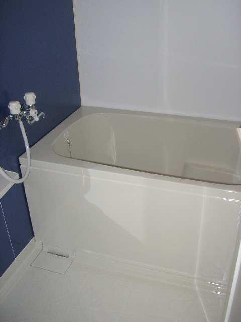 プリムヴェール 1階 浴室
