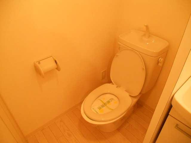 プラスパー猪之越 1階 WC