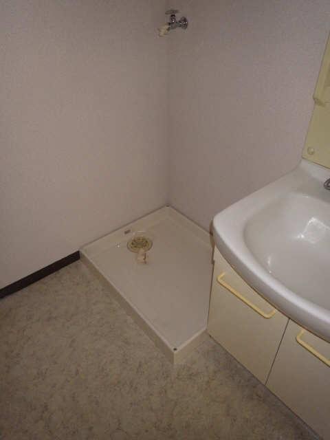 三鈴ライフ 2階 洗濯機置場