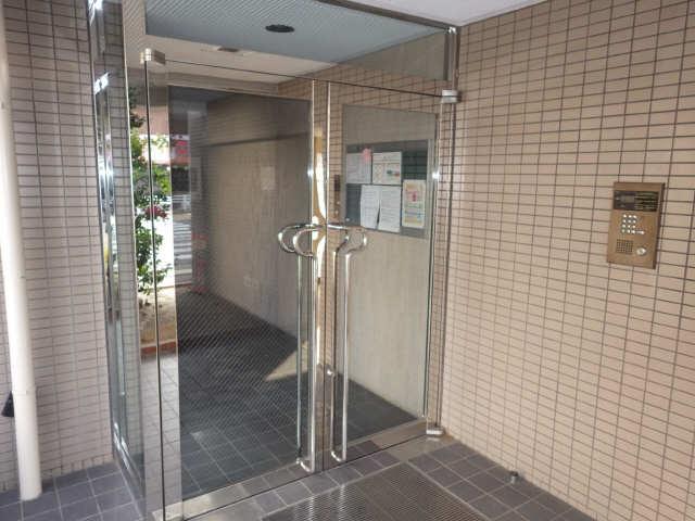 エステート岩塚 2階 セキュリティ