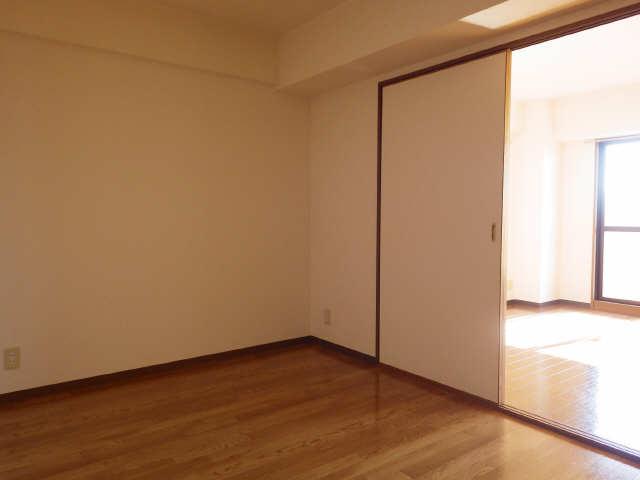 リヴィエル城屋敷 4階 室内
