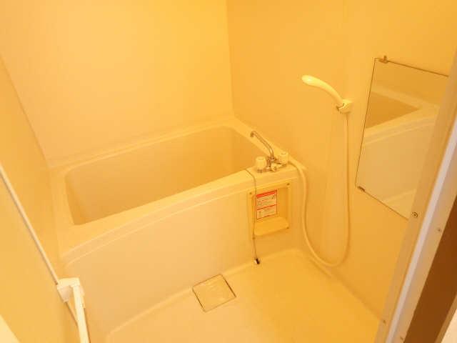 リヴィエル城屋敷 4階 浴室