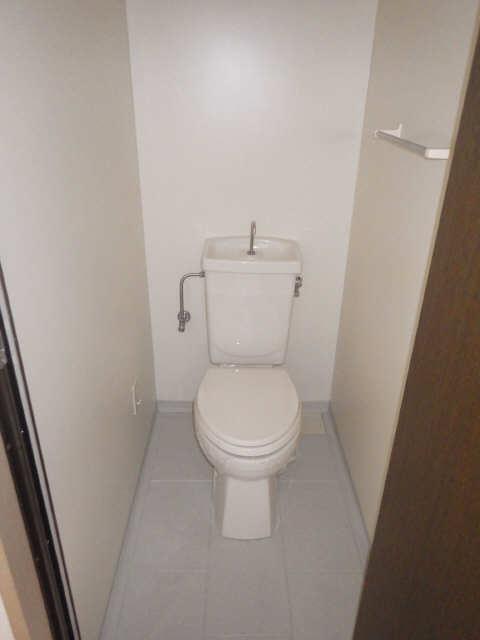 ベルヴィル猪之越 3階 WC