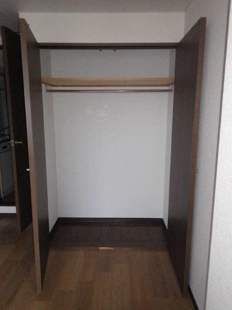 グランドシャトーK1 3階 収納