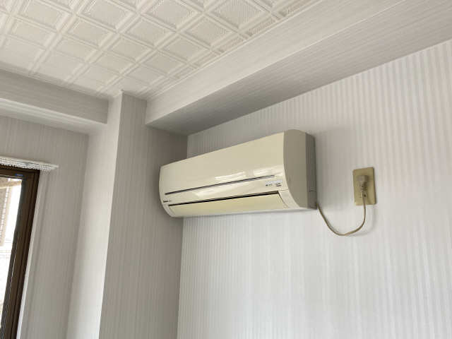 ロイヤル21 4階 エアコン