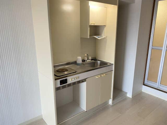ロイヤル21 4階 キッチン