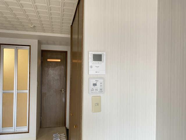 ロイヤル21 4階 モニター付きインターホン