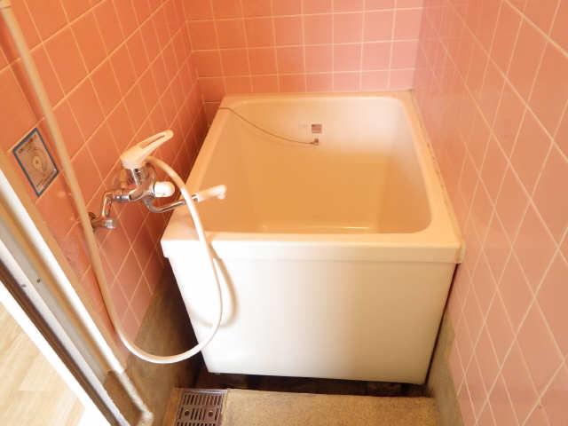 川島第二ビル 3階 浴室