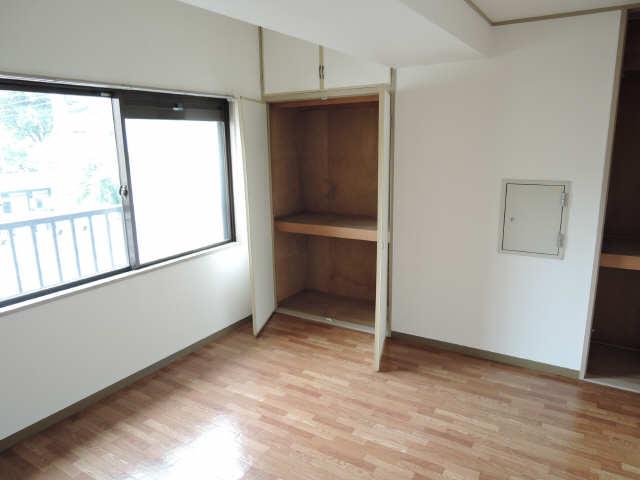 矢野マンション 1階 収納