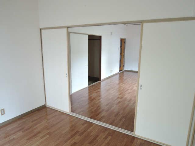 矢野マンション 1階 室内
