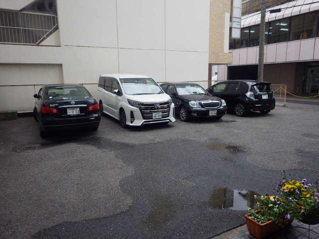 扶桑ハイツ 9階 駐車場
