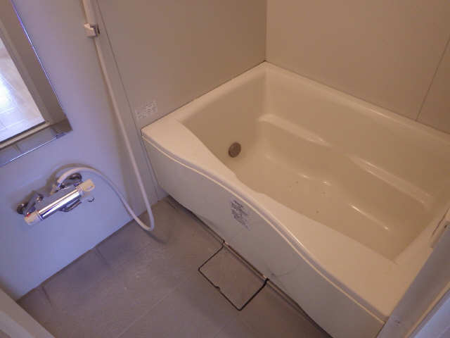 カーサ第8大和星ヶ丘 1階 浴室