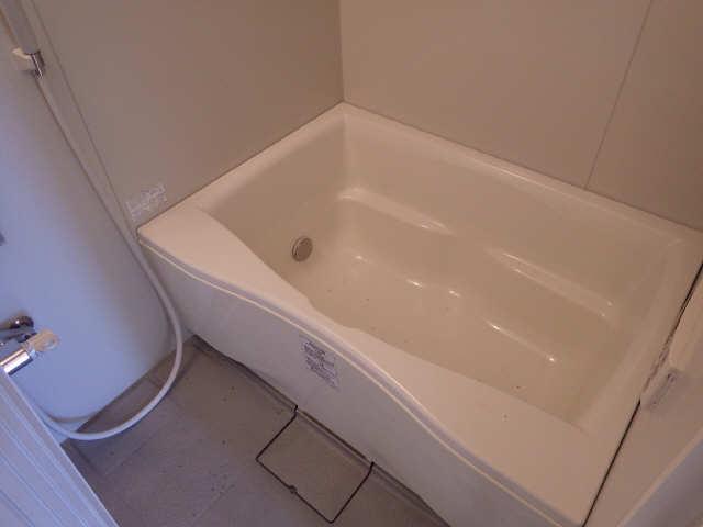 カーサ第8大和星ヶ丘 2階 浴室